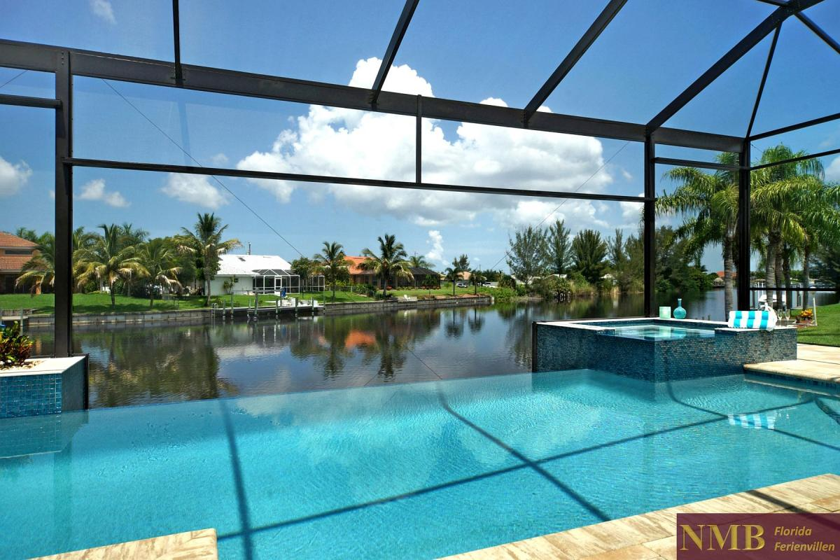 Ferienhaus-Palm_Breeze-Cape_Coral-pool-01