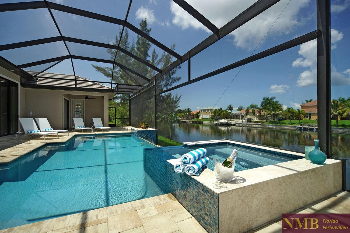 Ferienhaus-Palm_Breeze-Cape_Coral-pool-02