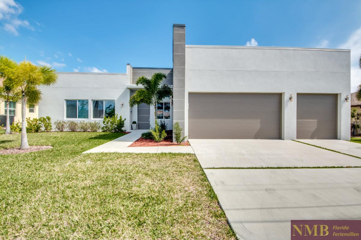 Vacation-Rental-Cape-Coral-Next-Level_Front_of_Villa_4