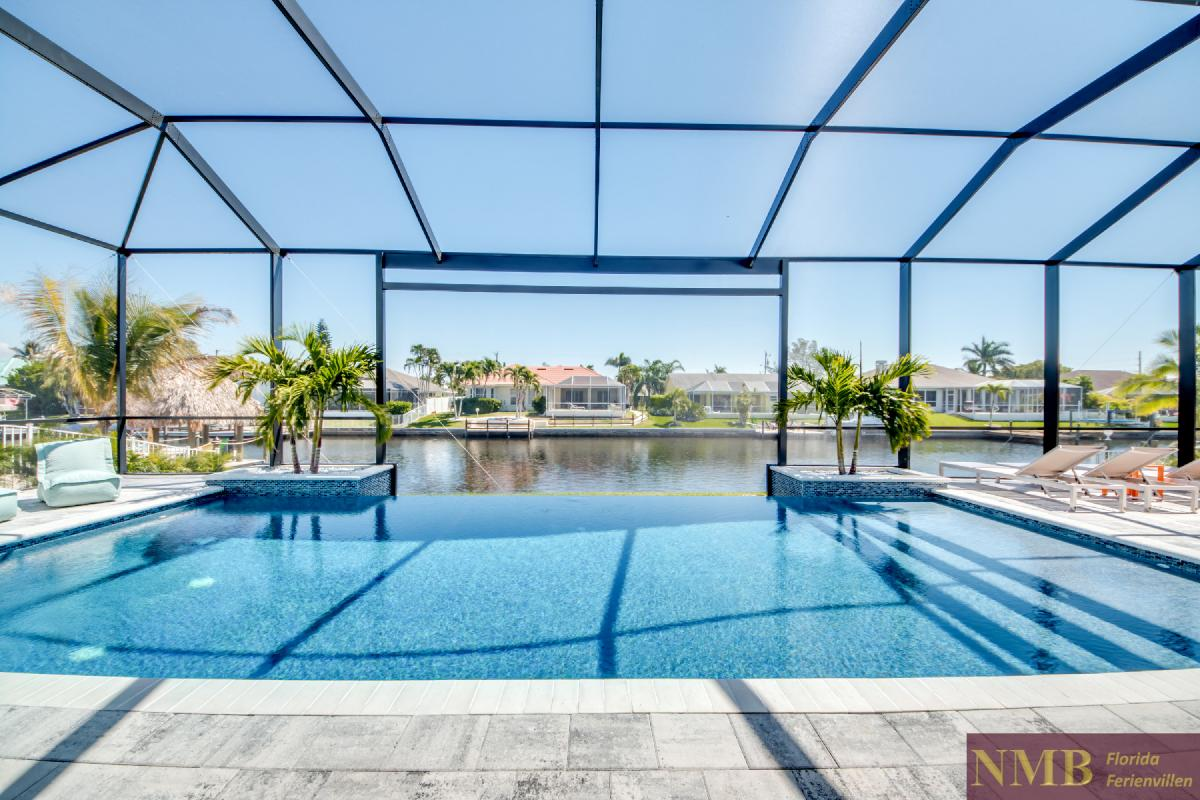 Vacation-Rental-Cape-Coral-Next-Level_Pool_2