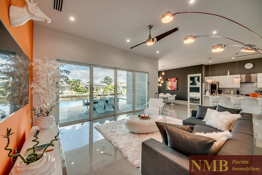 Pleasing Vacation Rental Information Home Interior And Landscaping Spoatsignezvosmurscom