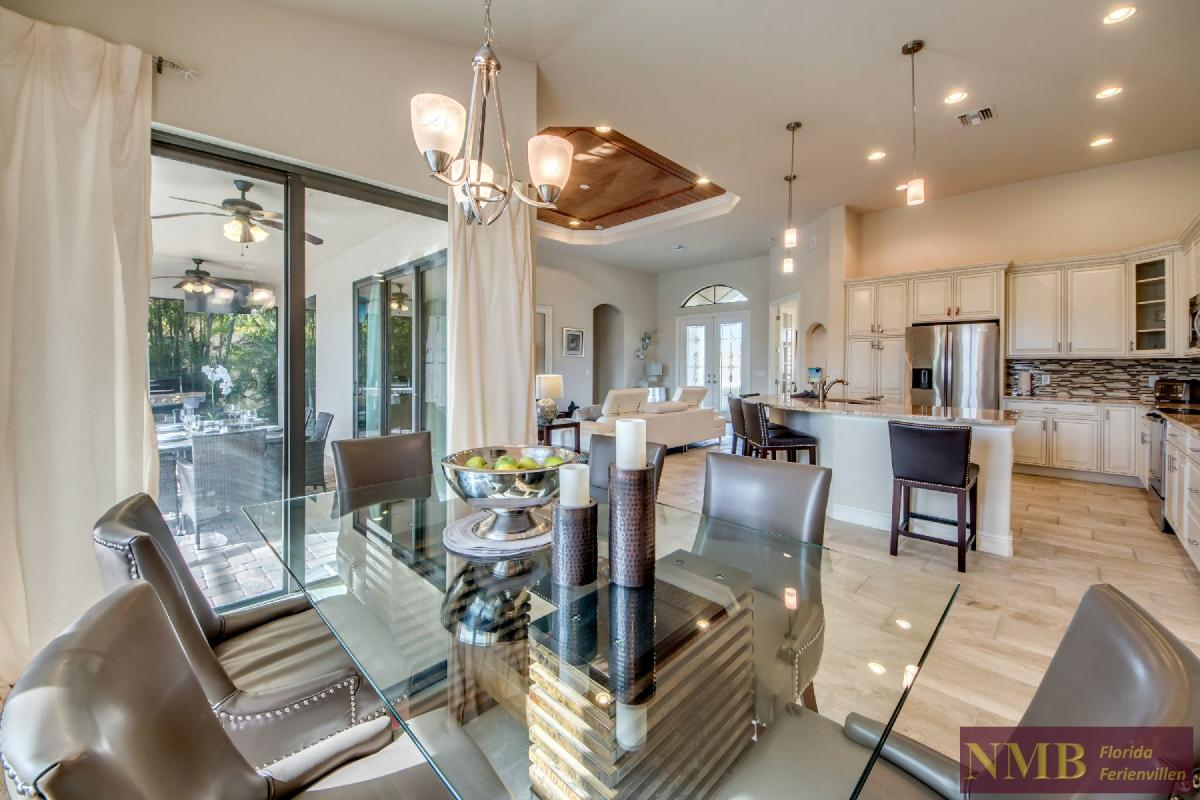 Vacation Home Sweet Mailin_Dining_Room_1