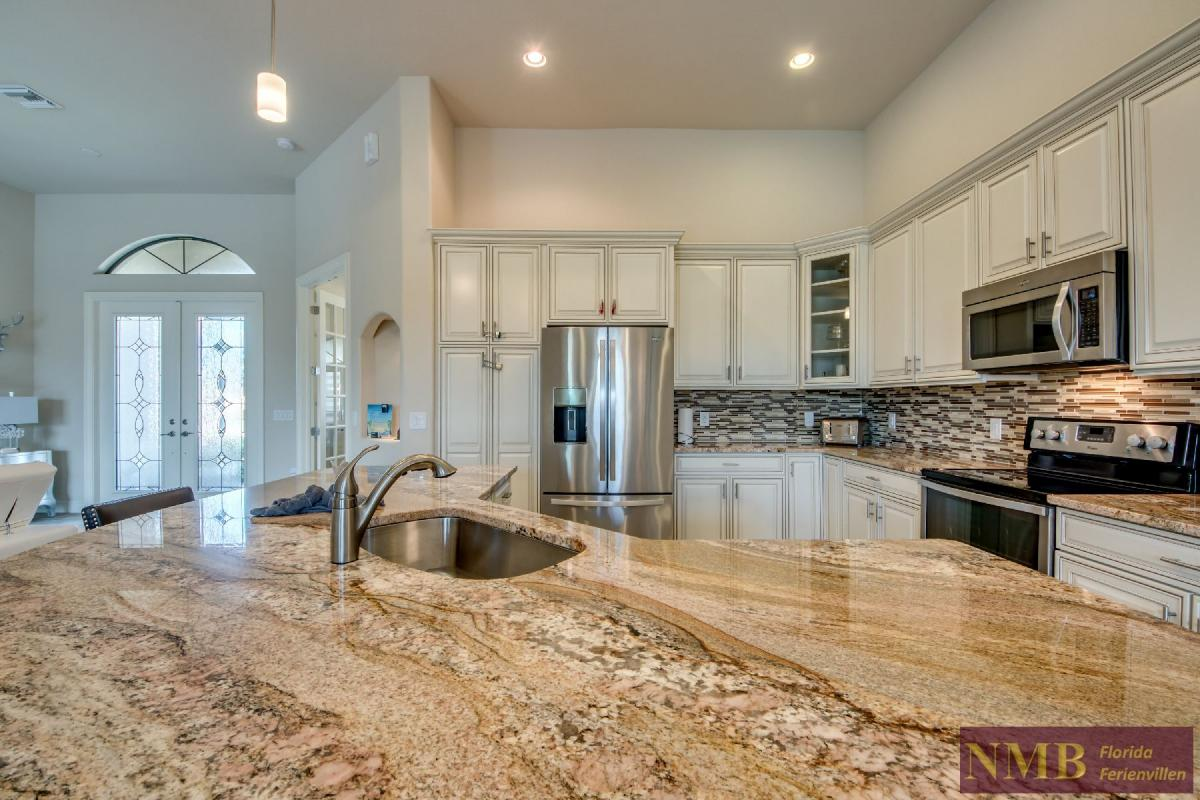 Vacation Home Sweet Mailin_Kitchen_5
