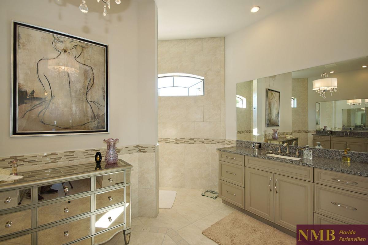 Ferienhaus-Royal_Palace-Cape_Coral-master-bath