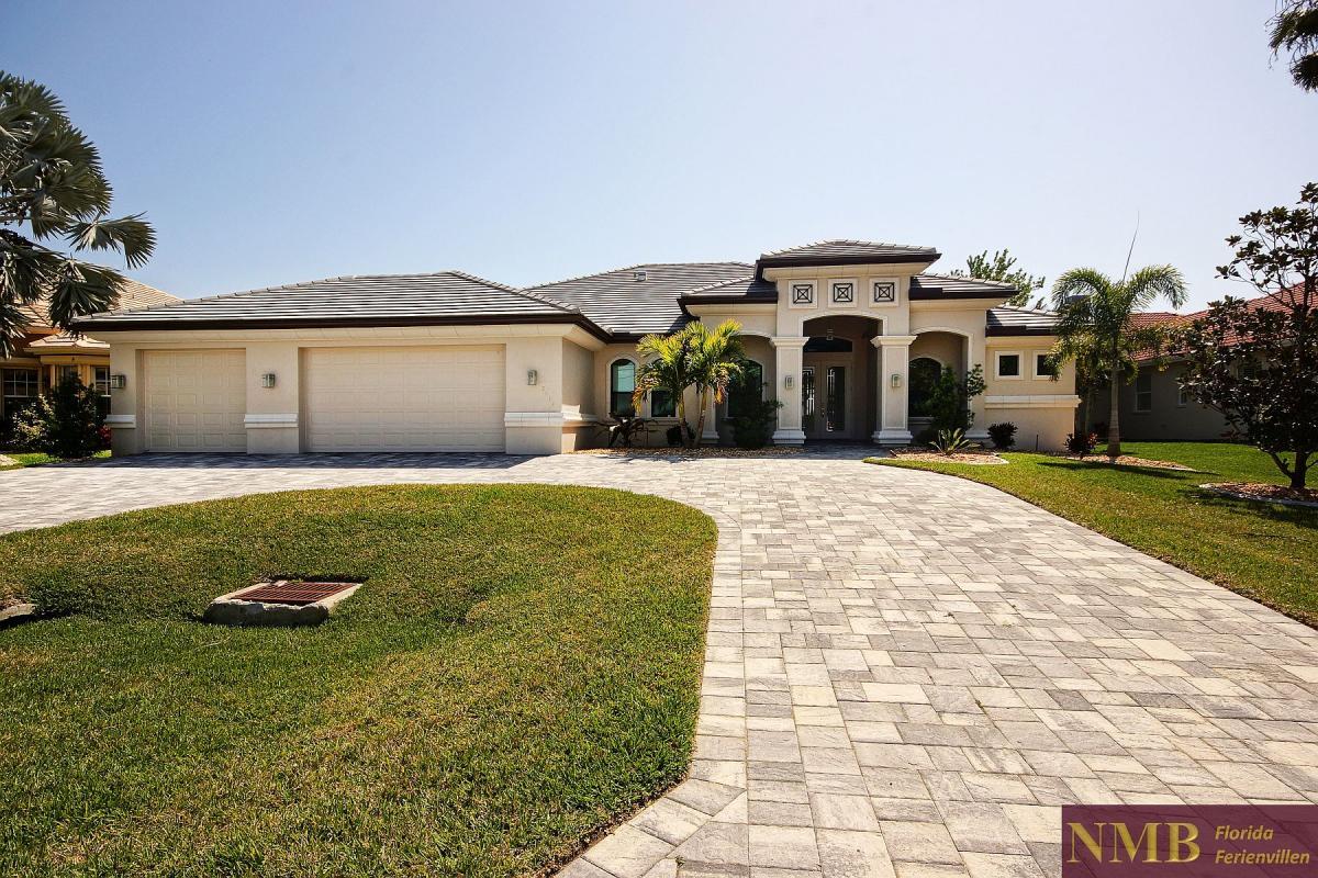 Remarkable Villa Infinity Nmb Florida Vacation Rentals Home Interior And Landscaping Spoatsignezvosmurscom