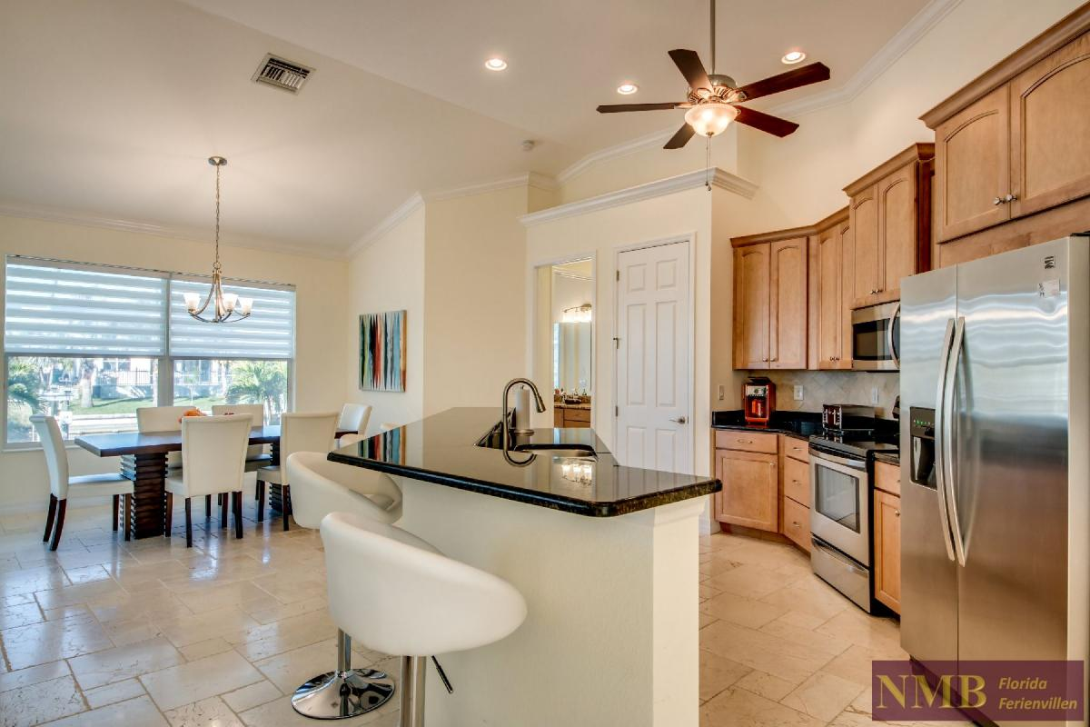 Vacation Home Lancaster_Kitchen_4