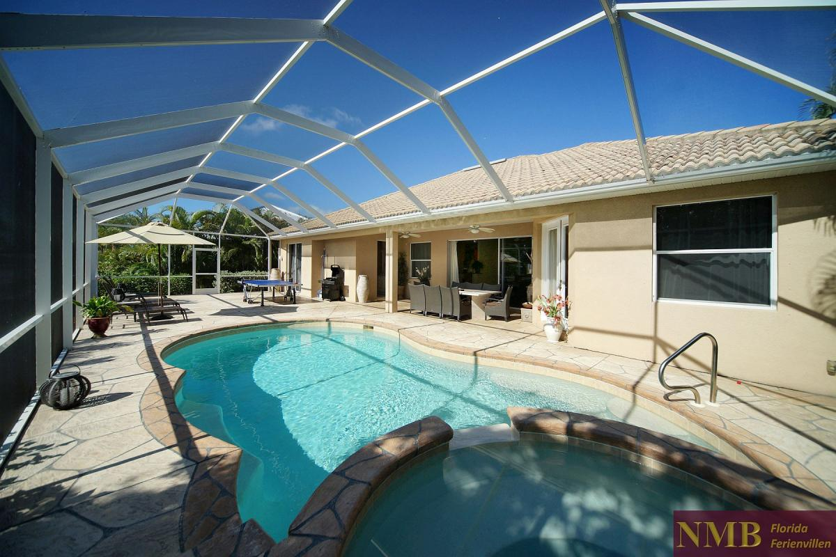 Ferienhaus_Cape_Coral_Halifax_pool-01