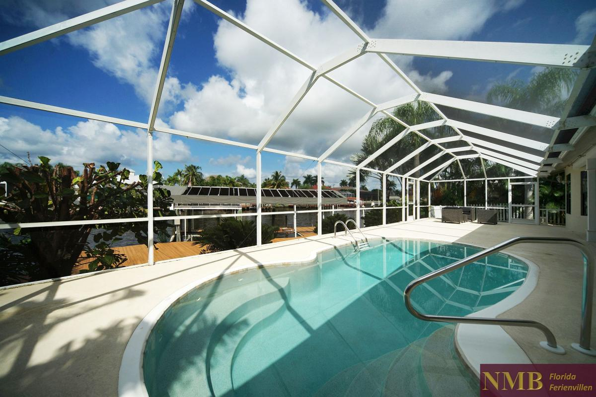 Ferienhaus_Cape_Coral_Stirling-pool-01