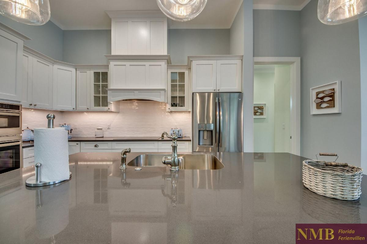 Ferienvilla_Malibu_Kitchen_3