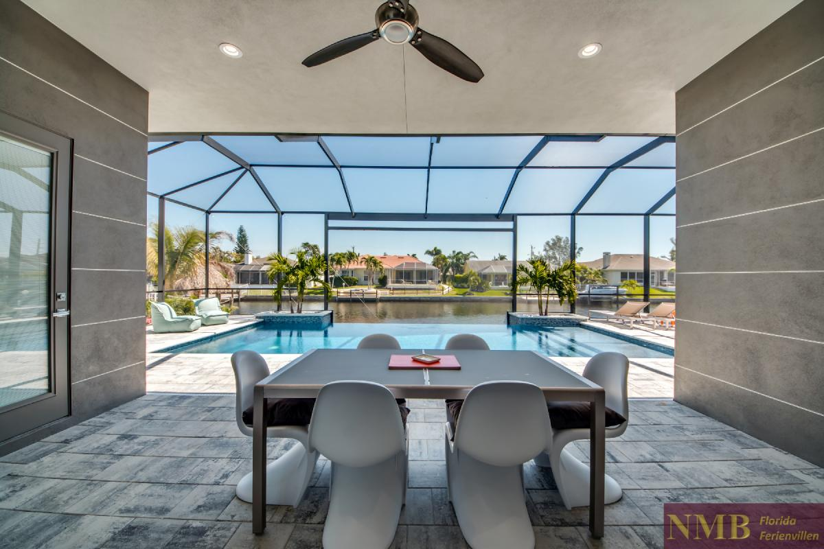 Vacation-Rental-Cape-Coral-Next-Level_Lanai_2