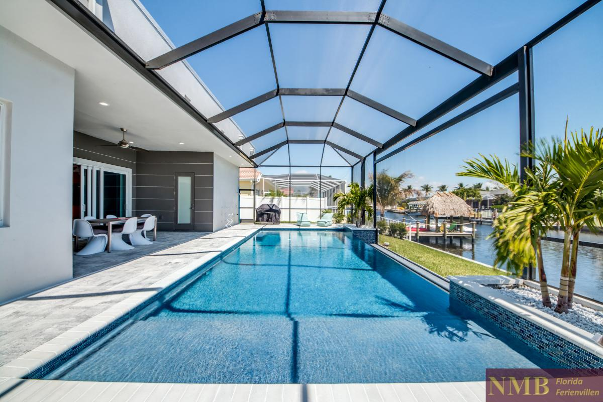 Vacation-Rental-Cape-Coral-Next-Level_Pool