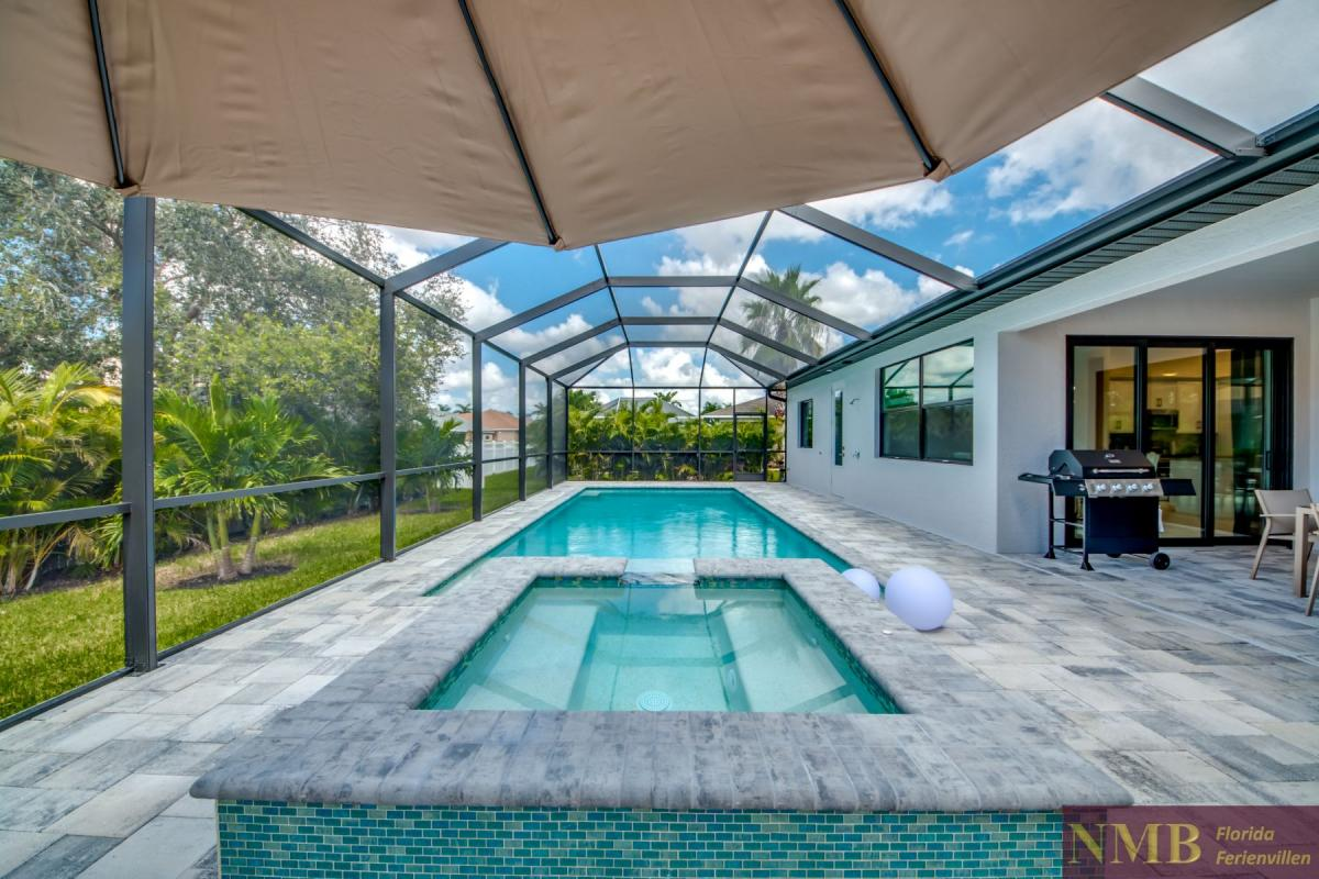 Ferienhaus-Cape-Supreme_Pool_4